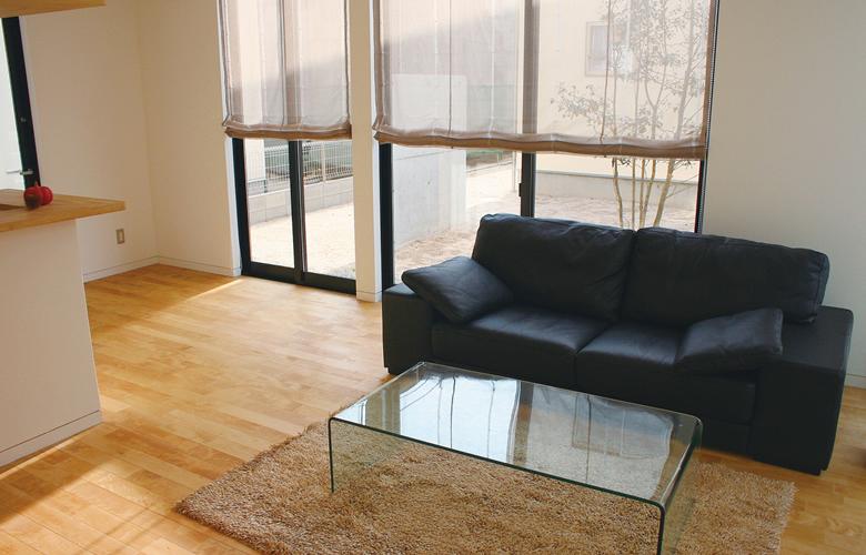 新しいソファーを買う場合
