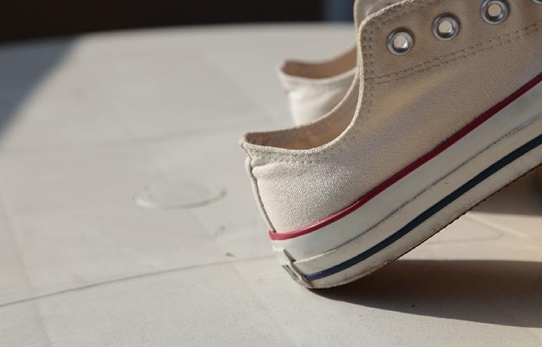 限られたスペースを活かした靴の収納グッズ