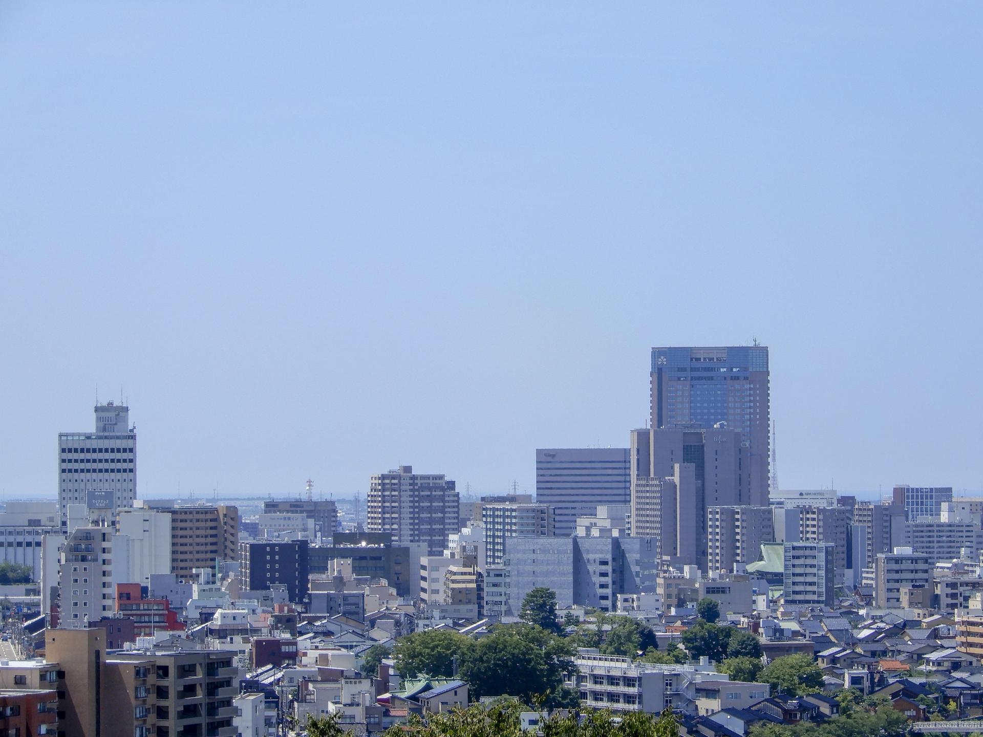 石川県内で処分に困るお仏壇・仏具の処分費用相場~最も安く処分する方法