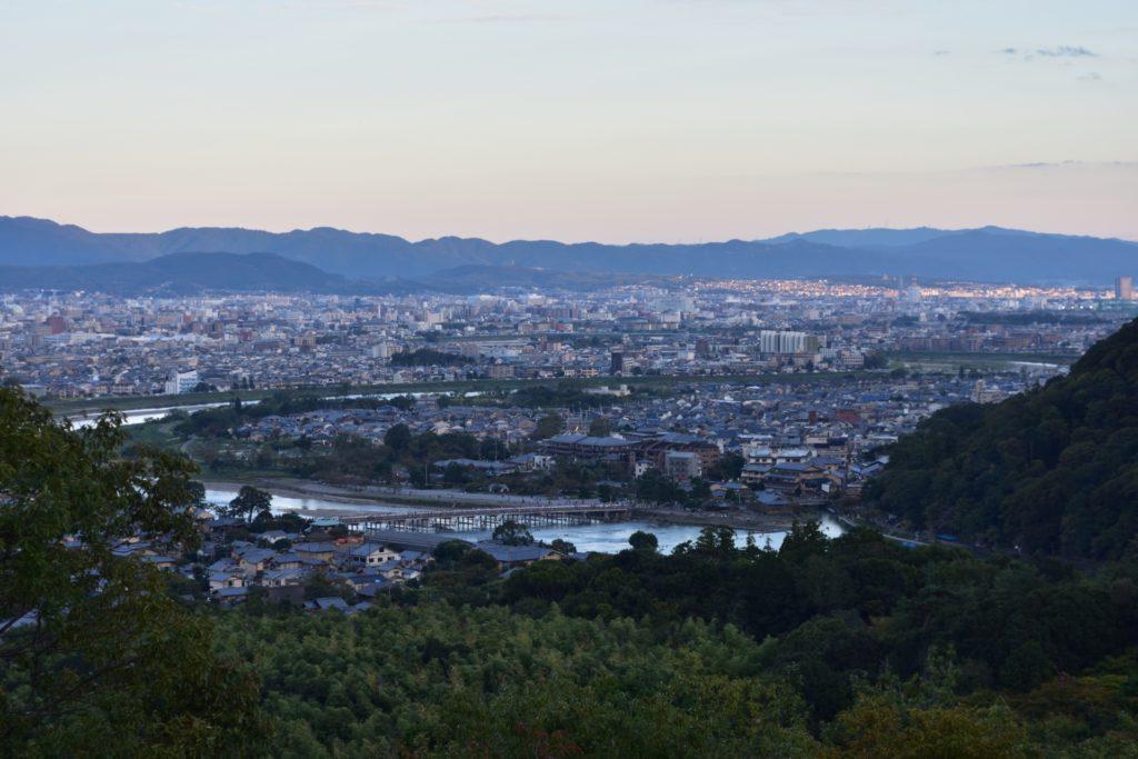 京都府内で処分に困るお仏壇・仏具の処分費用相場~最も安く処分する方法