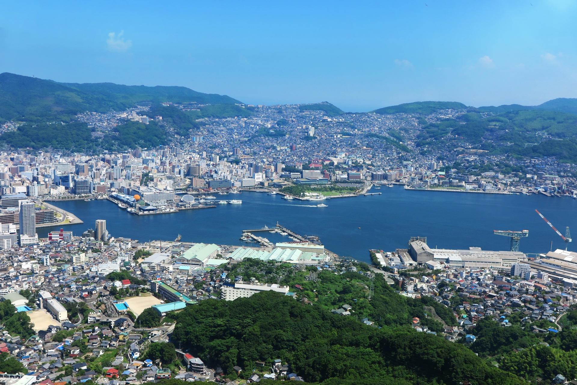 長崎県内で処分に困るお仏壇・仏具の処分費用相場~最も安く処分する方法