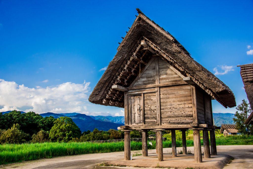 佐賀県内で処分に困るお仏壇・仏具の処分費用相場~最も安く処分する方法