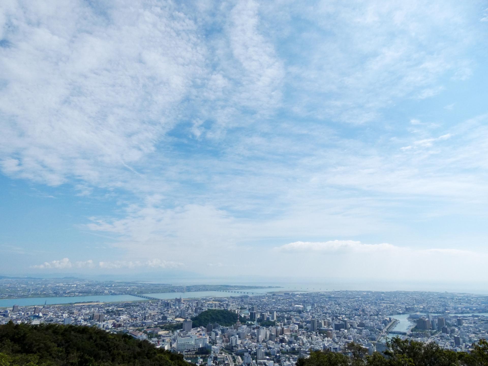 徳島県内で処分に困るお仏壇・仏具の処分費用相場~最も安く処分する方法