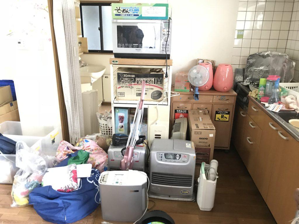 【宇部市東小串】エアコンの取り外し作業から不用品の回収まで、作業の早さにご満足いただけました!