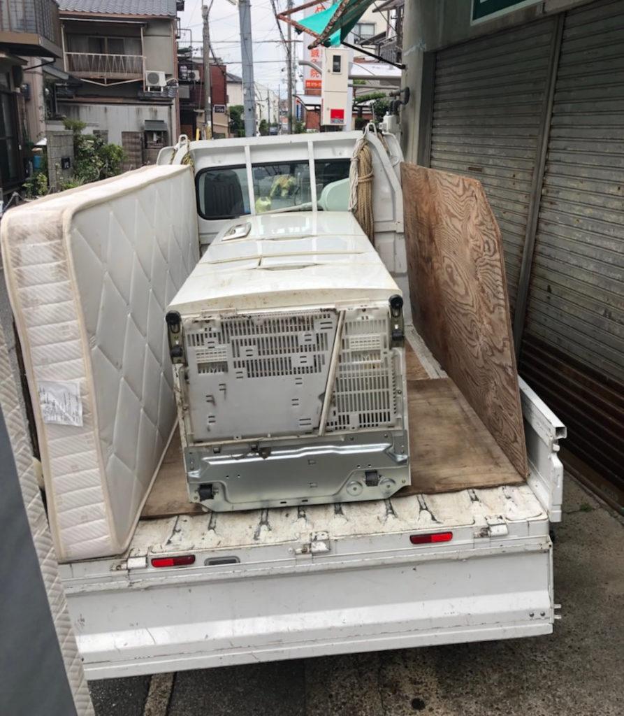 【京都市伏見区】電化製品や物置小屋の回収!カード決済の対応に喜んでいただけました。