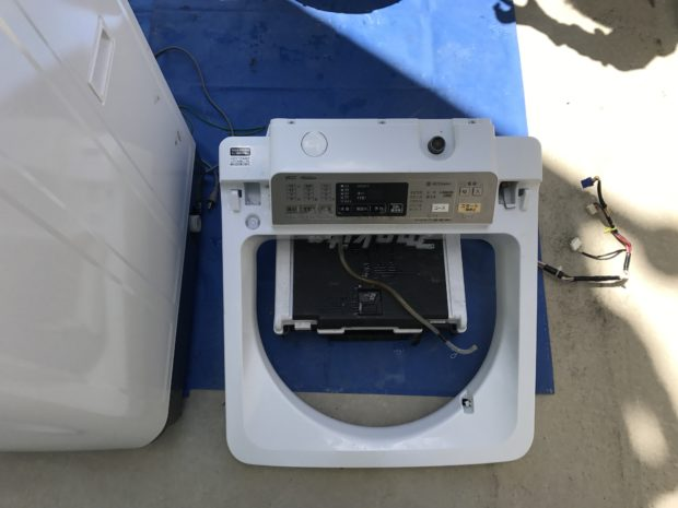 【うるま市高江洲】洗濯機を分解&洗浄ニオイも汚れもスッキリ!新品のような仕上がりにご満足いただけました。