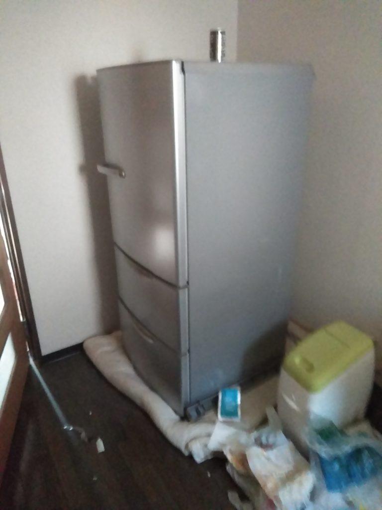 【徳島市庄町】冷蔵庫の回収☆お問い合わせから1時間かからず回収でき、対応の早さにご満足いただくことができました!