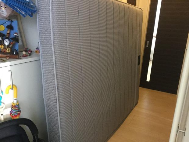 【高崎市浜尻町】クイーンベッドマットレスの回収☆短時間で搬出し、作業の早さにご満足いただけました!