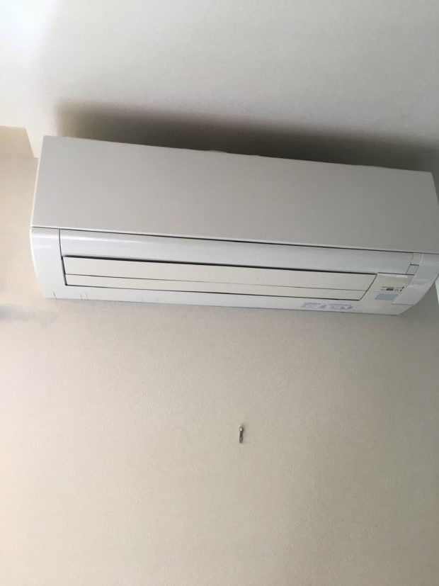 【岡山市北区】エアコンのクリーニング☆お客様ご自身で行うには限界がある作業なので、頼んでよかったとお喜びいただけました!