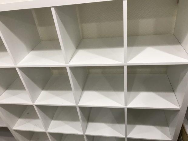 【泉佐野市上町】棚2点の回収☆高さ180㎝の大きな棚を処分でき、スッキリとしたお部屋にご満足いただけました!