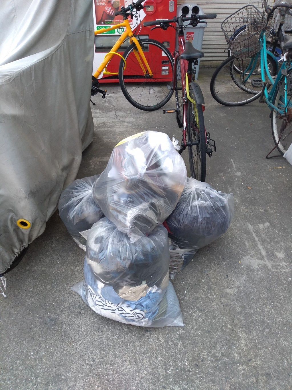 【鹿児島市】引越しに伴いベッドや家庭ゴミの回収ご依頼 お客様の声