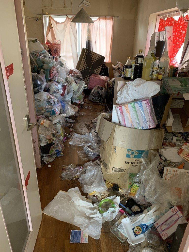 【宮崎市】大量の家庭ごみの回収とハウスクリーニング☆お部屋が見違えるほど綺麗になりお喜びいただけました!
