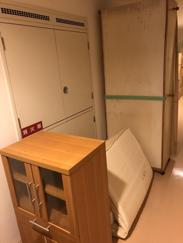 【東海市荒尾町】食器棚やマットレスの出張不用品回収・処分ご依頼