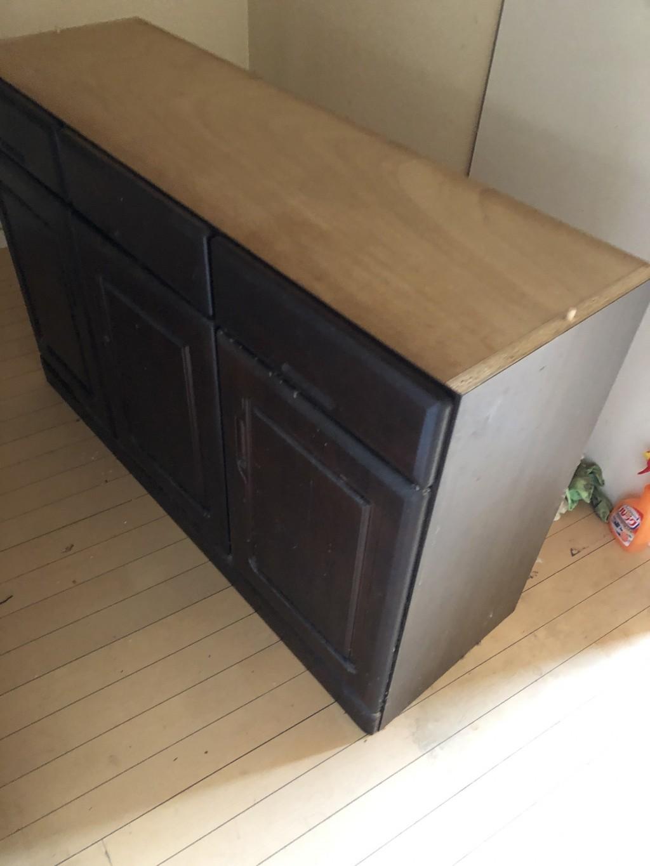 【栗東市】食器棚、収納棚の回収☆希望日までの回収にお喜びいただけました!