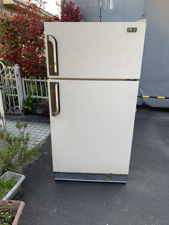 【都城市志比田町】冷蔵庫の回収☆スタッフの丁寧な対応にとても喜んでいただきました!