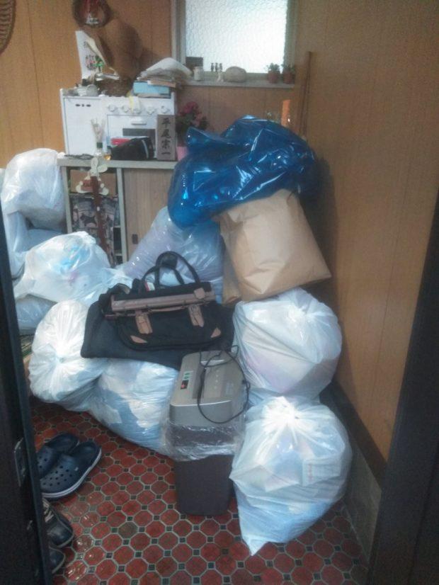 【松山市水泥町】お引っ越しに伴う不用品の回収☆不用品の追加や、迅速な対応などに大変喜んでいただけました!
