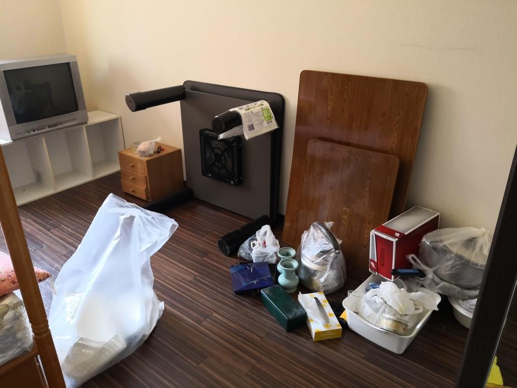 【大阪市生野区】ブラウン管テレビ、テーブルなどの回収☆希望日での回収にご満足いただけました!
