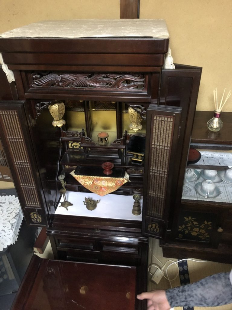【大阪市】処分にお困りだった仏壇の回収ご依頼☆希望日での回収にご満足いただけました!