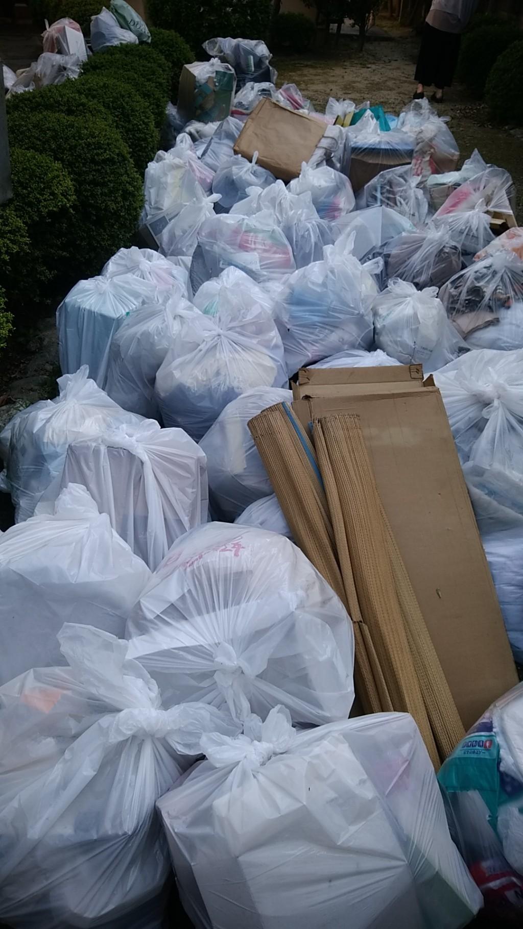 【徳島市】2トントラック1台分の大量のゴミ回収・処分ご依頼