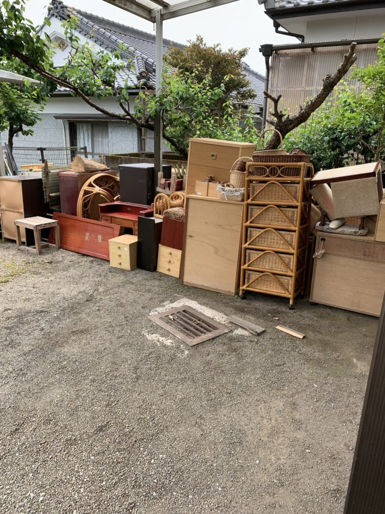 【都城市山之口町】2tトラック2台分程度の出張不用品回収・処分ご依頼 お客様の声