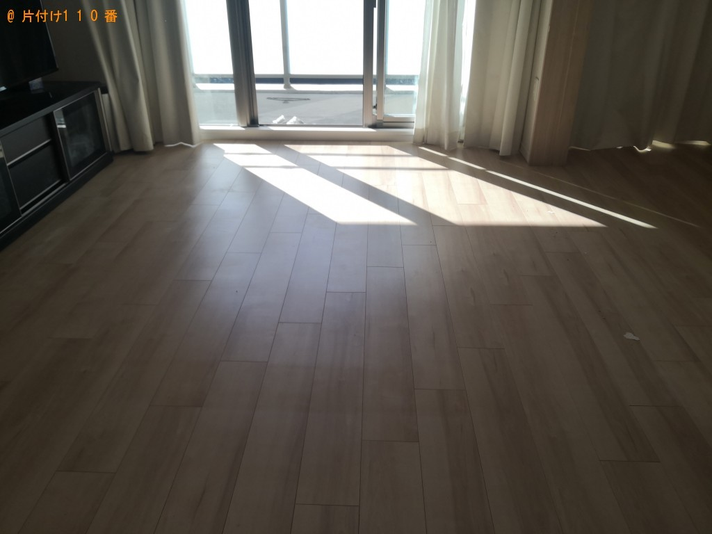 【大阪市中央区】ソファーとローテーブルの回収・処分 お客様の声