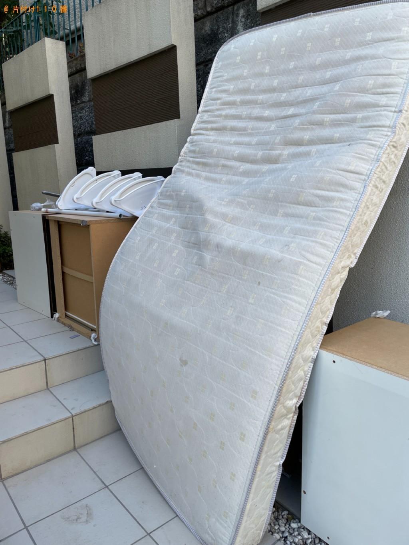 【川崎市高津区】シングルベッドの出張不用品回収・処分ご依頼