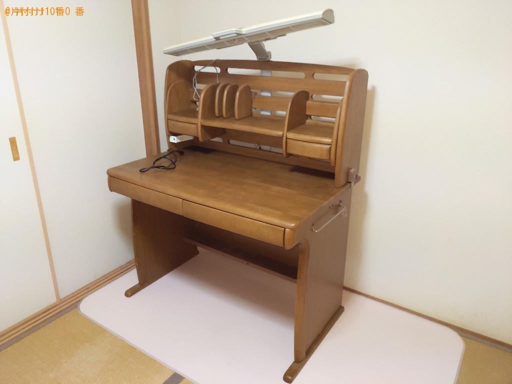 【茨木市東中条町】学習机などの出張不用品回収・処分ご依頼