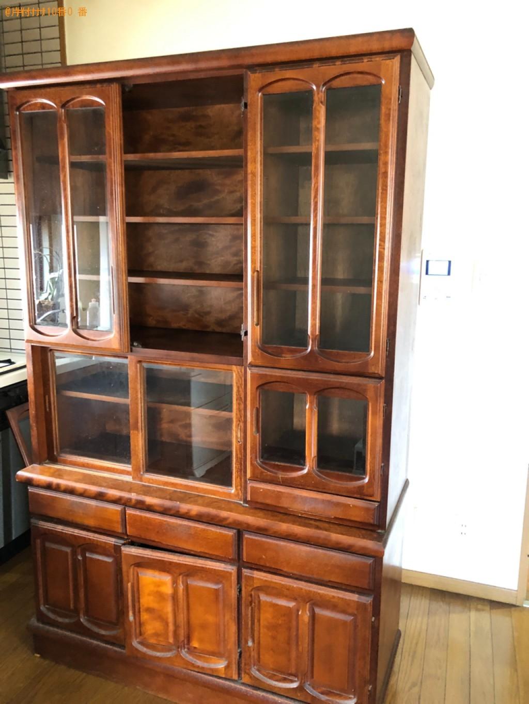 食器棚、シングルベッド枠のみ、冷蔵庫