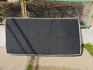 【吹田市豊津町】ベッドマットレスの出張不用品回収・処分ご依頼