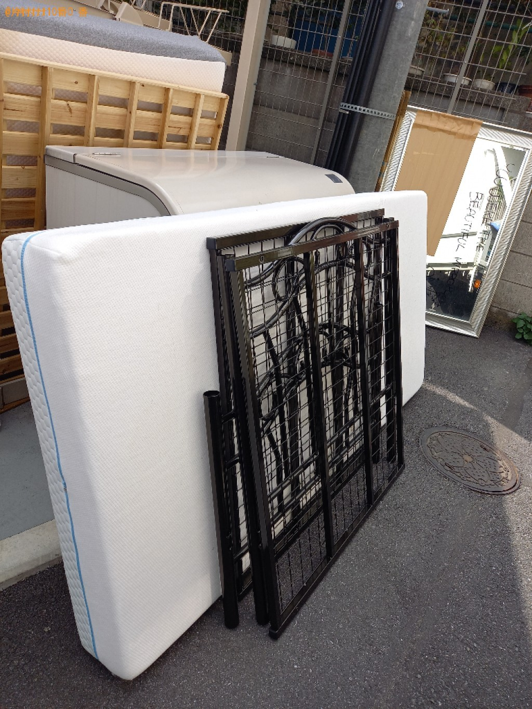【世田谷区】シングルベッドの出張不用品回収・処分ご依頼